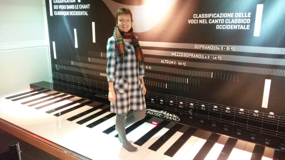 Мое хобби - игра на пианино